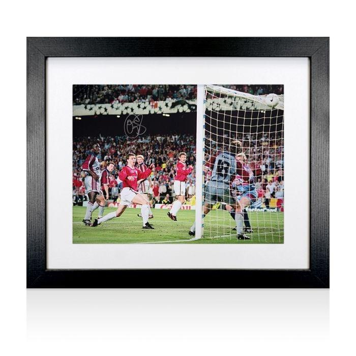 OLE GUNNER SOLSKJAER GOAL 1999 MANCHESTER UNITED FOOTBALL CANVAS WALL ART PRINT