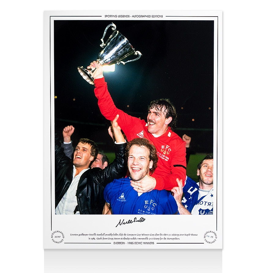 tb712-neville-southall-signed-everton-ph